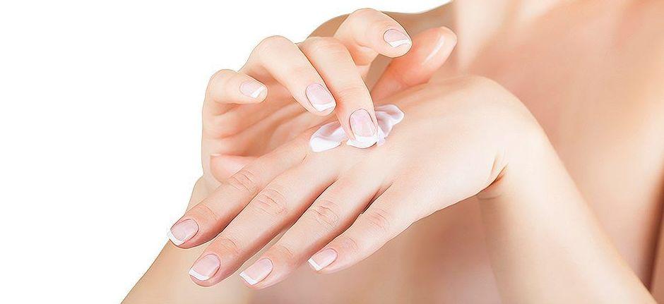 Cuida tus manos con nuestros tratamientos