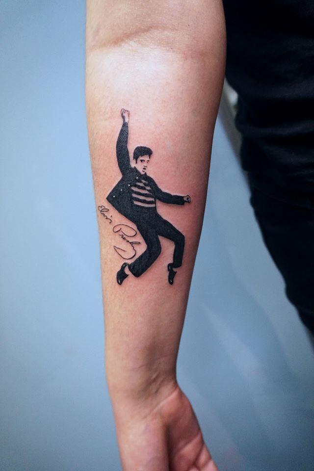 Foto 6 de Tatuajes y galería de arte en  | Soulpeckers Tattoo & Gallery