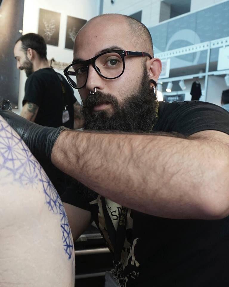 Foto 8 de Tatuajes y galería de arte en  | Soulpeckers Tattoo & Gallery