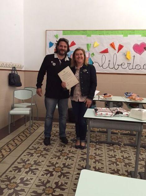 Entrega de diplomas a los profesores de secundaria en Esclavas del Sagrado Corazon, Benirredrá