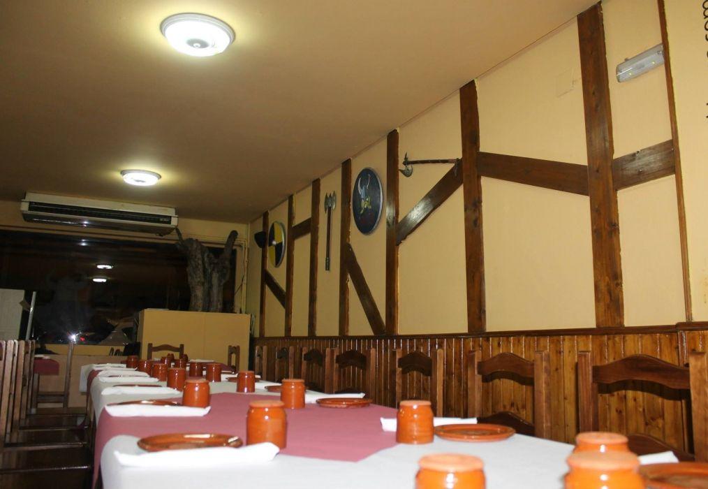 Restaurante con gran salón para eventos