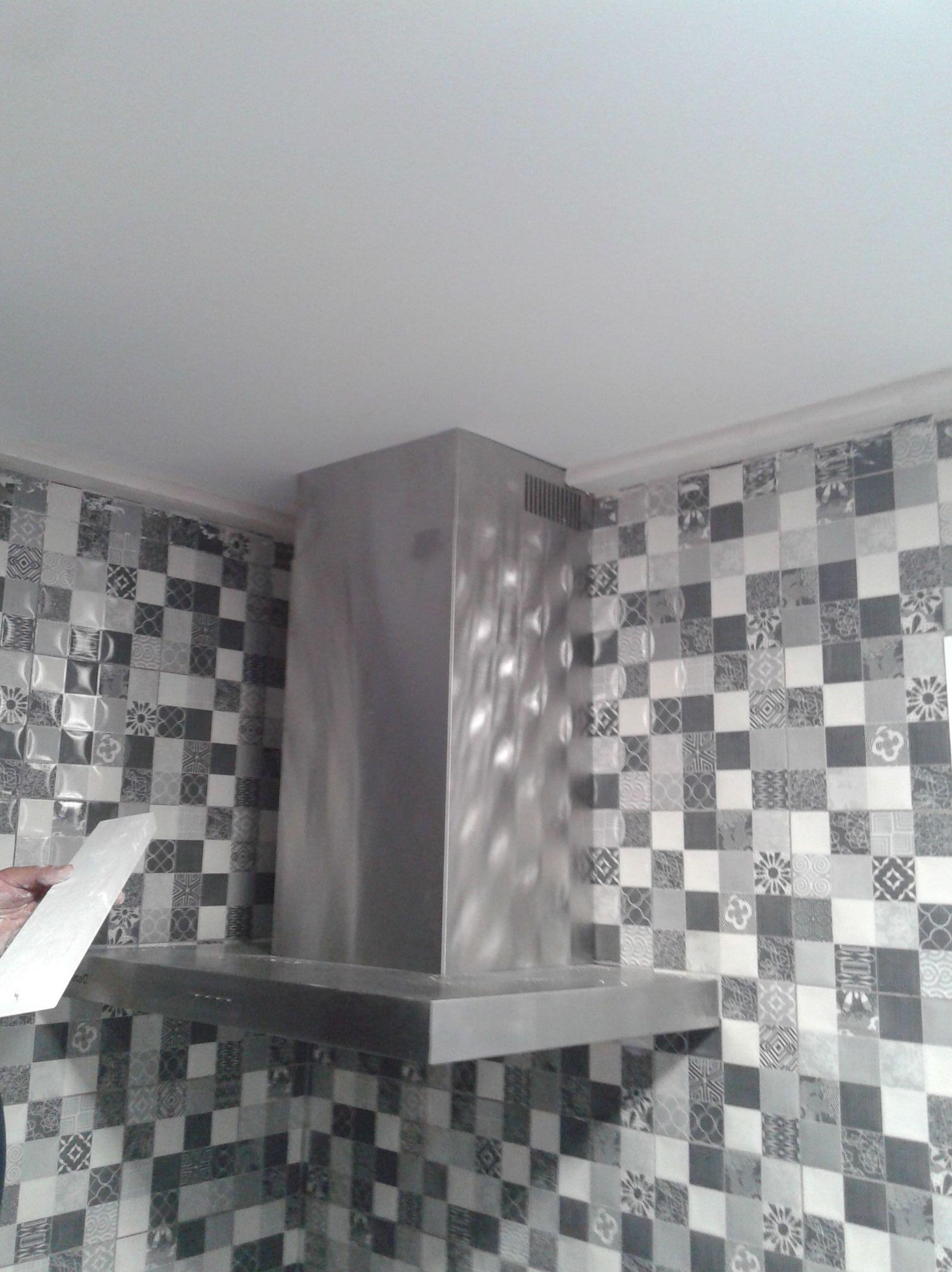 alicatado tipo mosaico en cocina