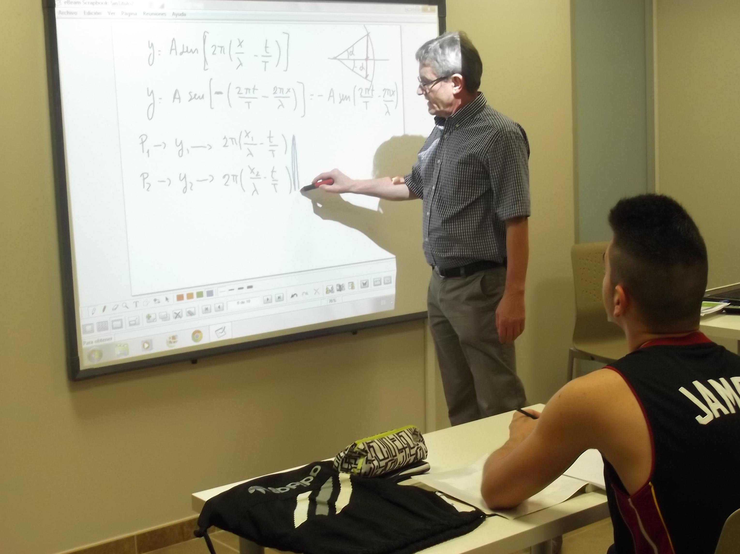 Foto 12 de Academias de Primaria, ESO y Bachillerato en Parla | Centro de estudios Zona