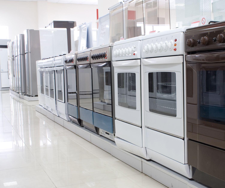 Venta y distribución de electrodomésticos con pequeños golpes en Valencia