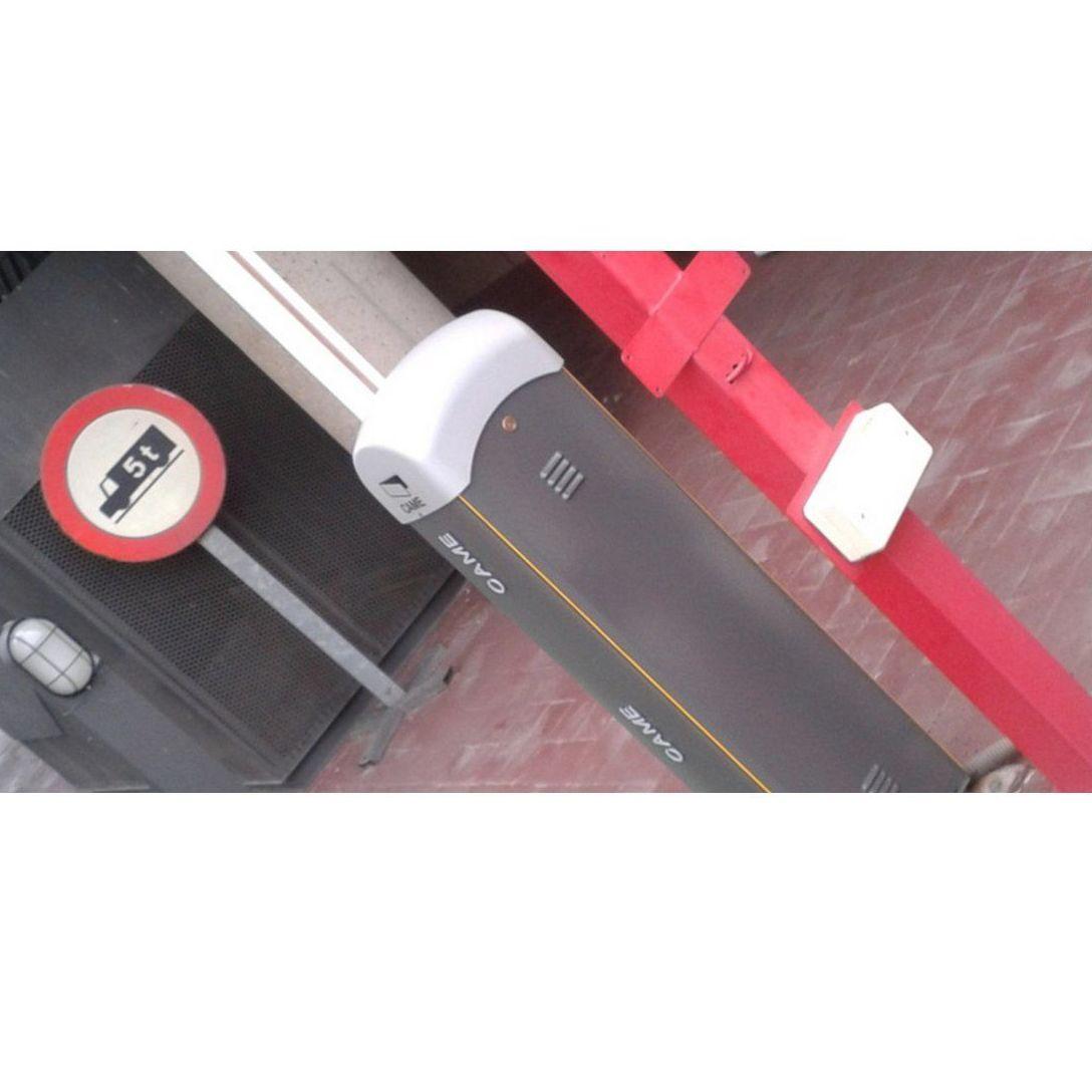 Barreras: Trabajos de R.F.C. Puertas Automáticas