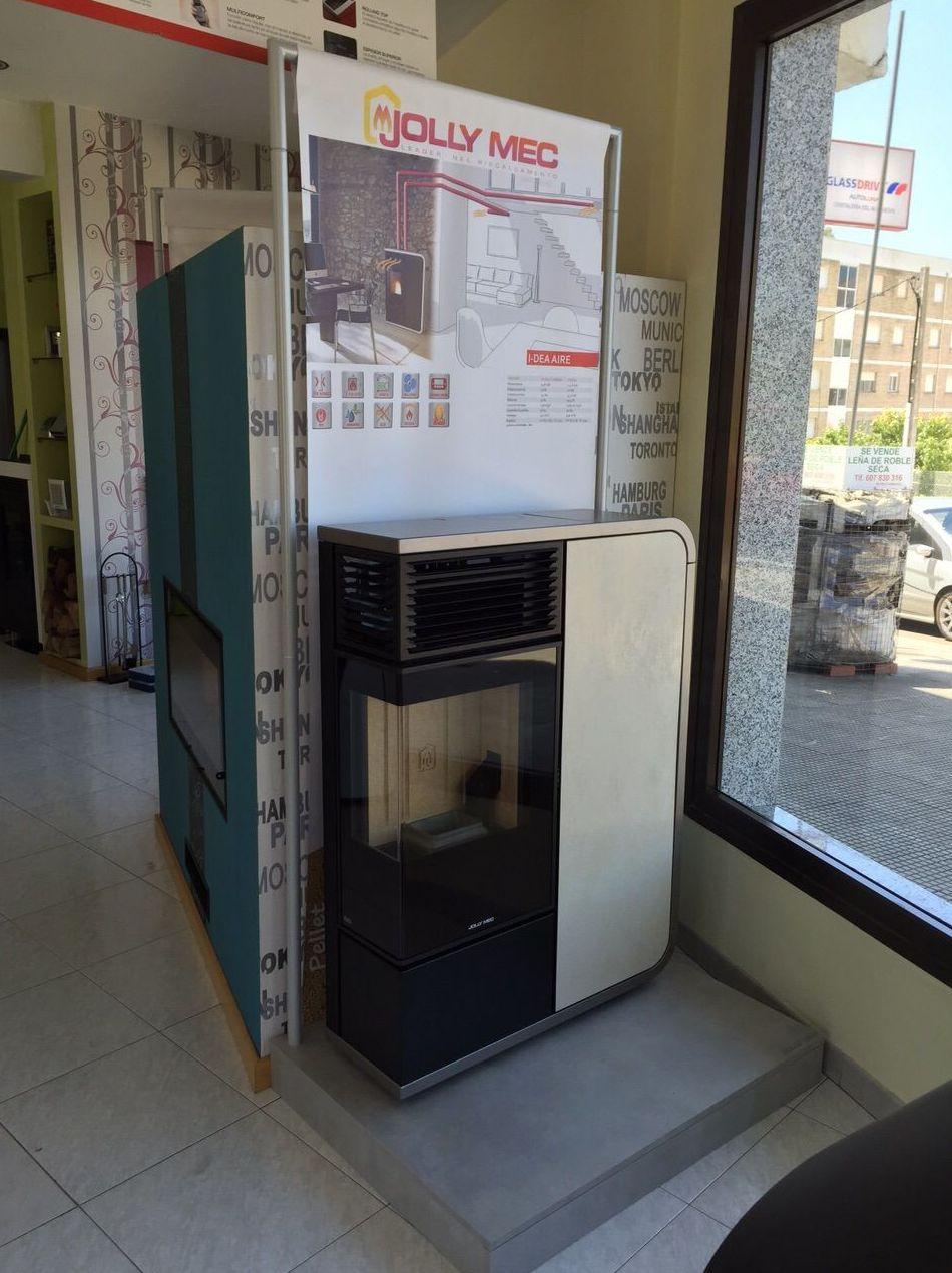 Estufa de pellet angular, con posibilidad de canalización en Pontevedra
