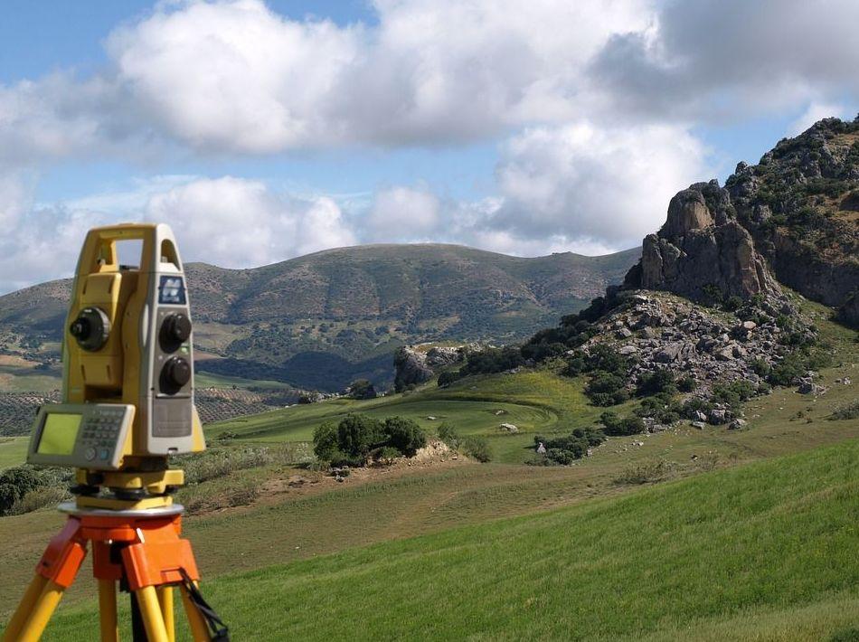 Levantamientos topográficos: Servicios de Área Ingenieros