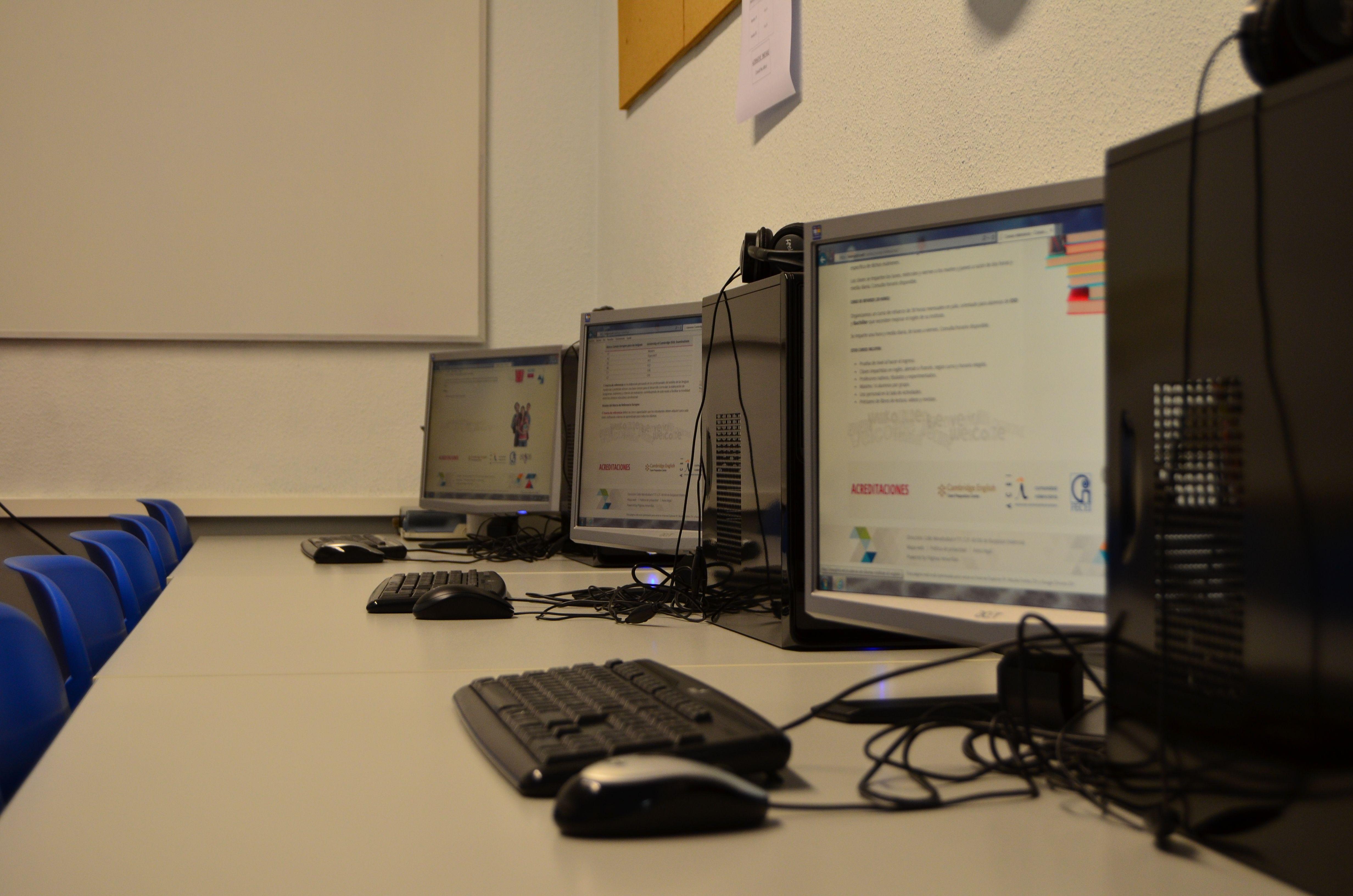 Foto 10 de Academias de idiomas en Burjassot | Institute of English