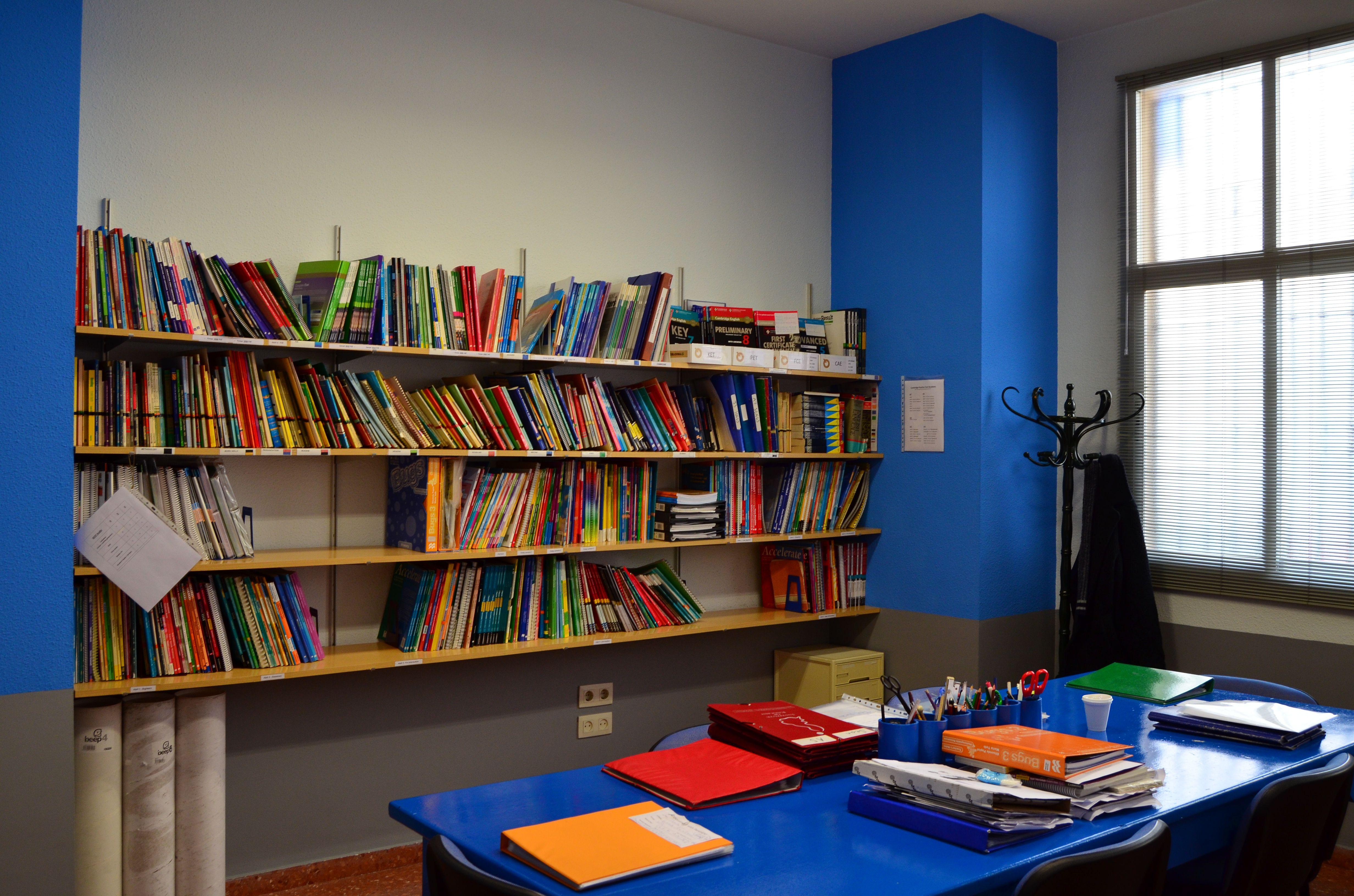 Foto 2 de Academias de idiomas en Burjassot | Institute of English