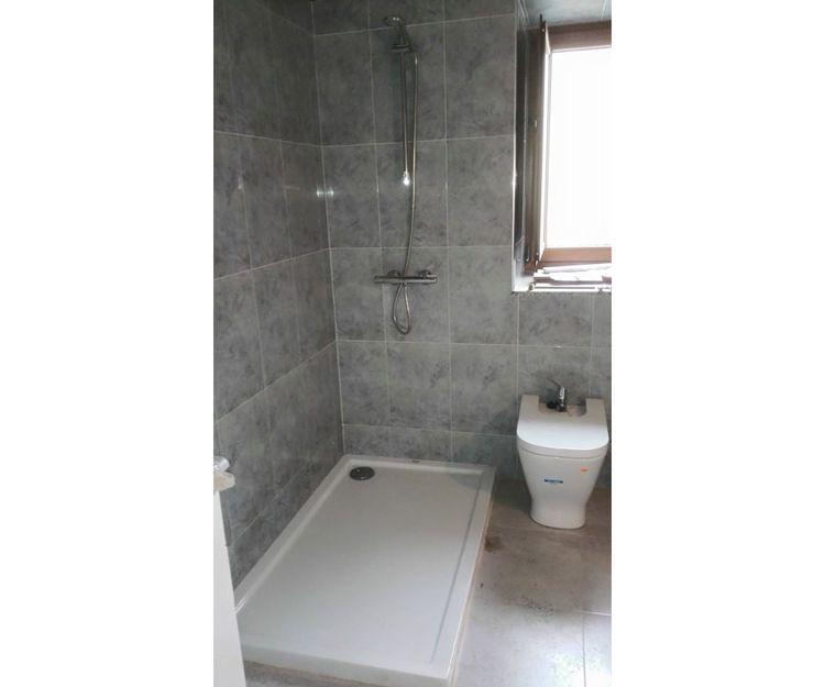 Instalación de platos de ducha en A Coruña
