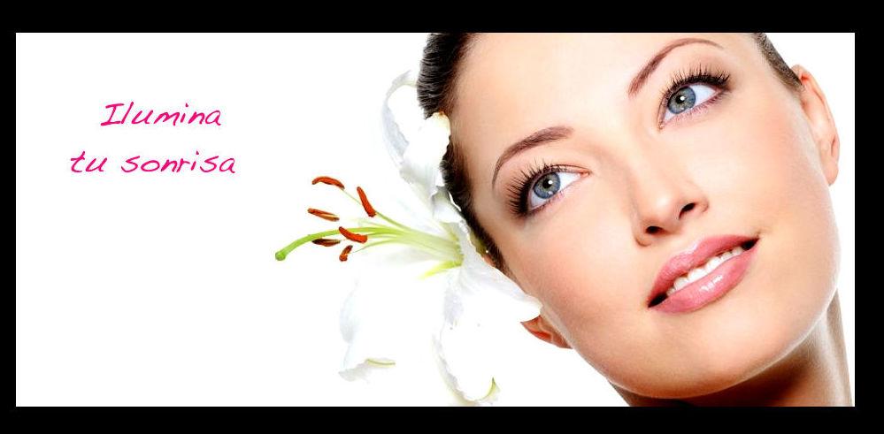 Estética Dental: Tratamientos dentales de Clínica Dental Flores