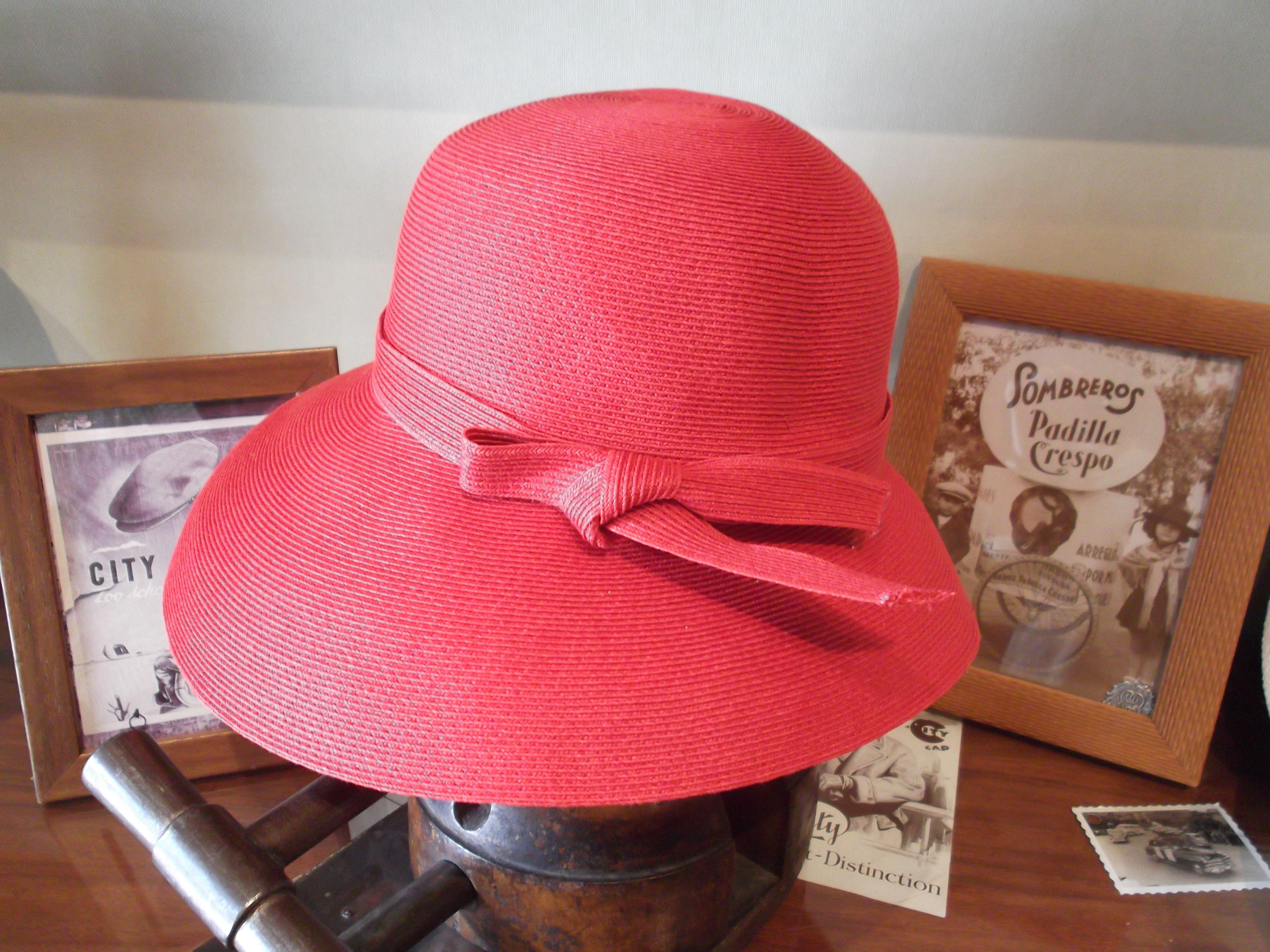 PAMELA ROJA: Catálogo de Sombrerería Citysport