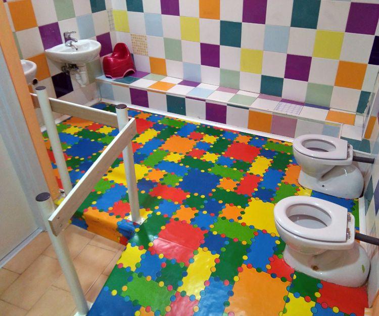 Guardería con baños adaptados en Barakaldo