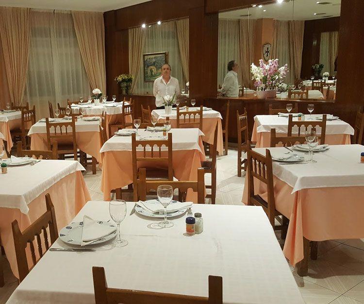 Restaurante de pescados y mariscos en O Barco de Valdeorras, Ourense