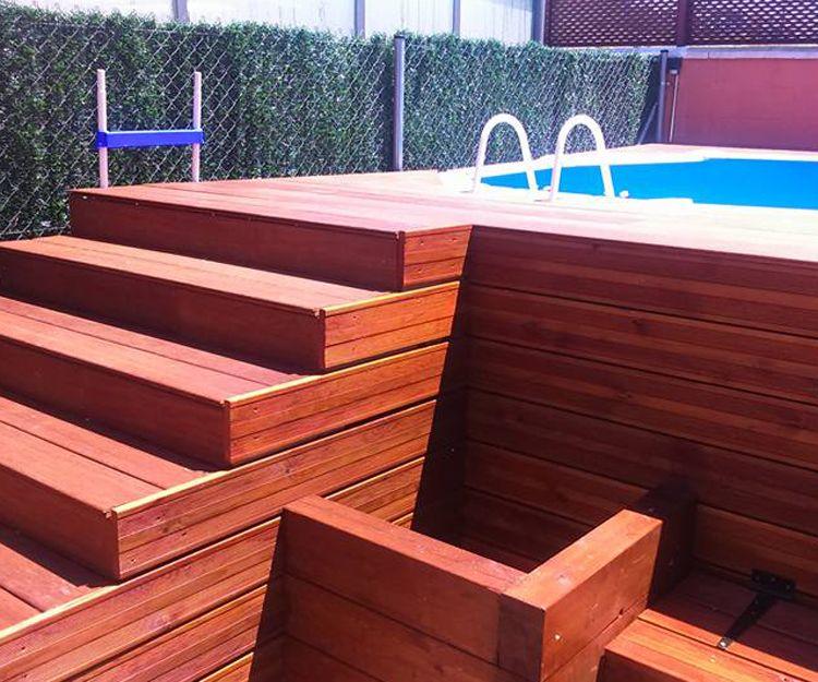 Escaleras de madera para piscinas