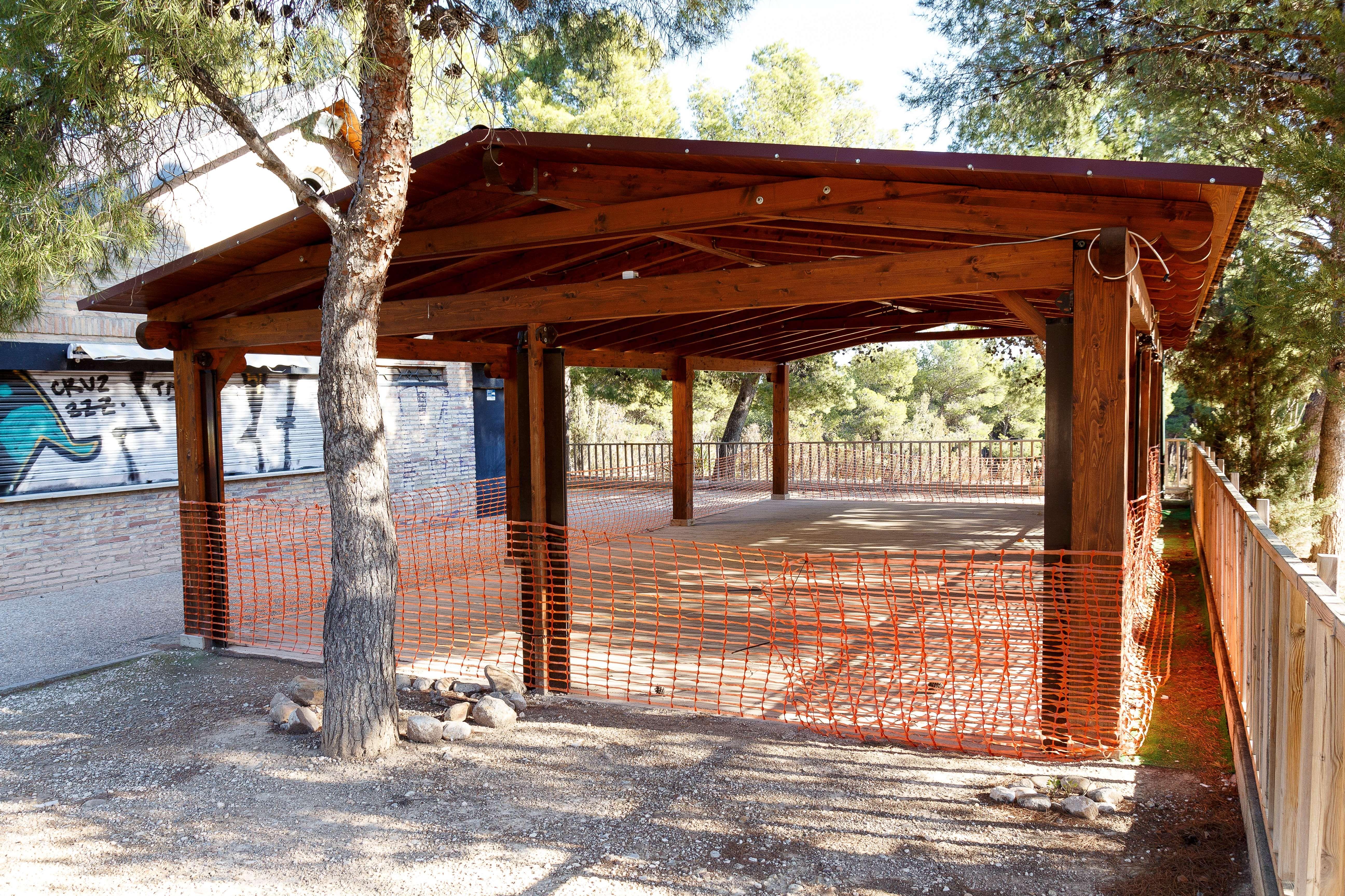 Elaboración de porches de madera en Aragón