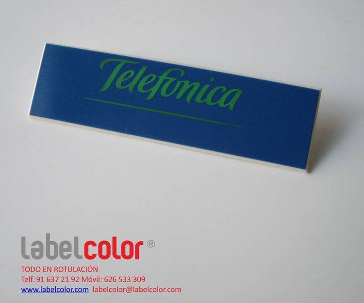 Identificador o placa de solapa de Telefónica