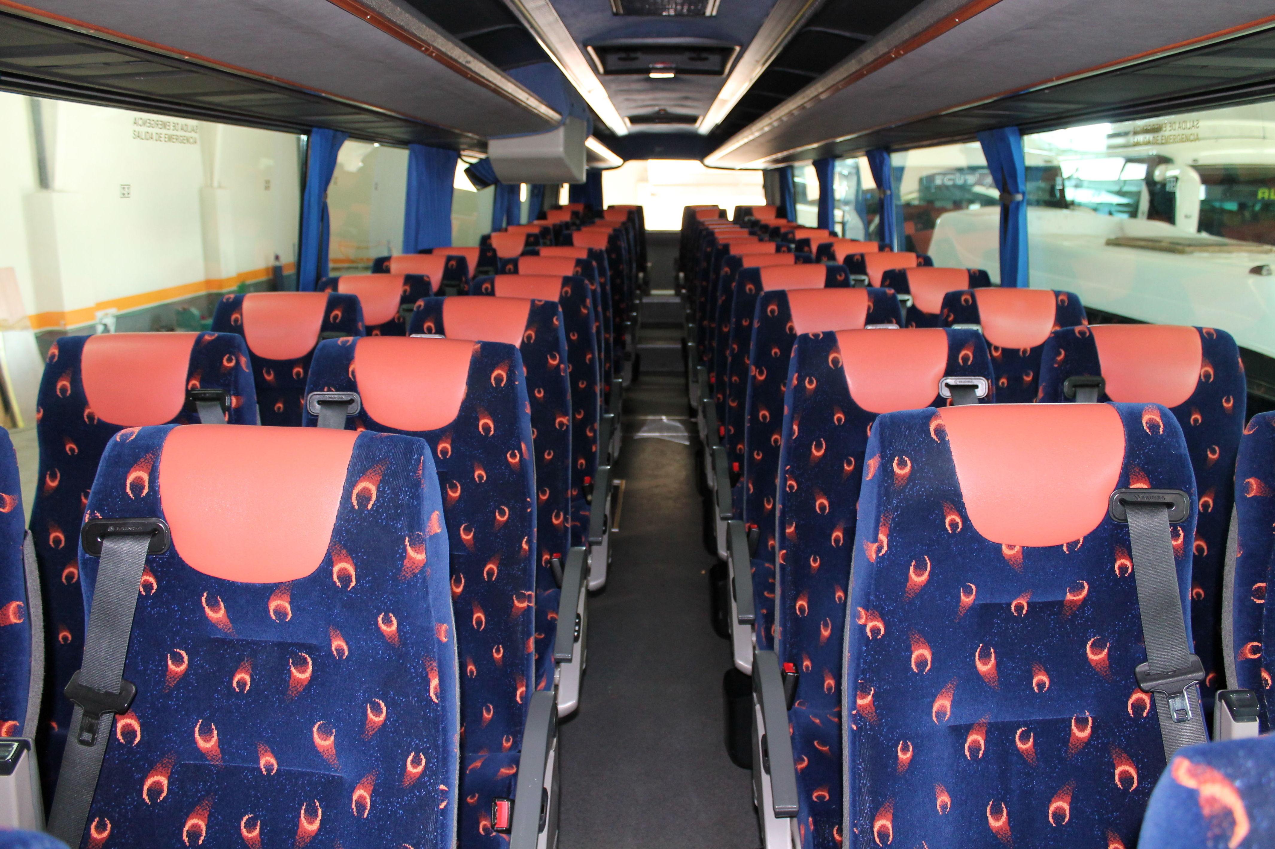 Autobuses equipados con los sistemas de seguridad exigidos por UE en Salamanca