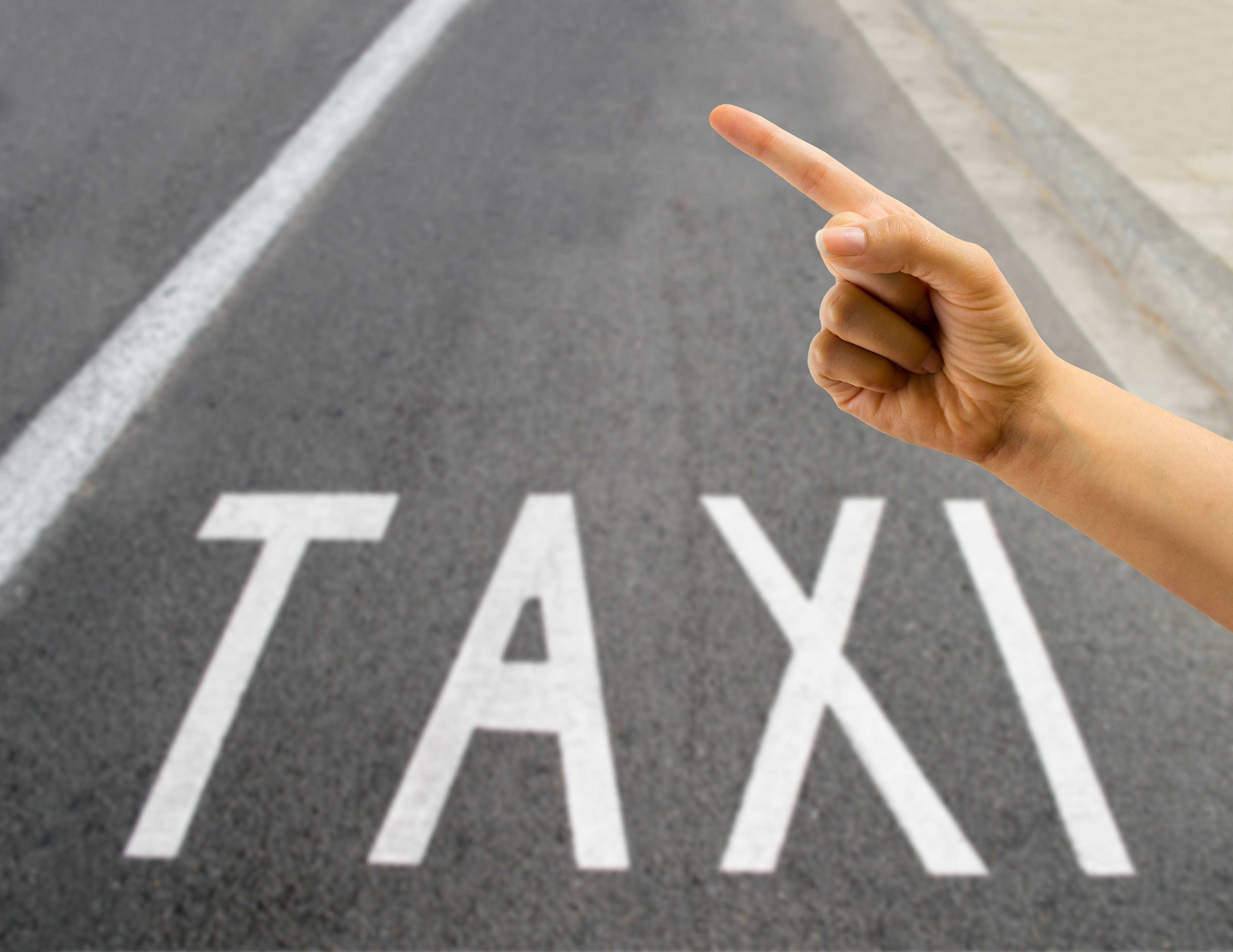 Taxi 24 horas: Servicios de Taxi Bergara