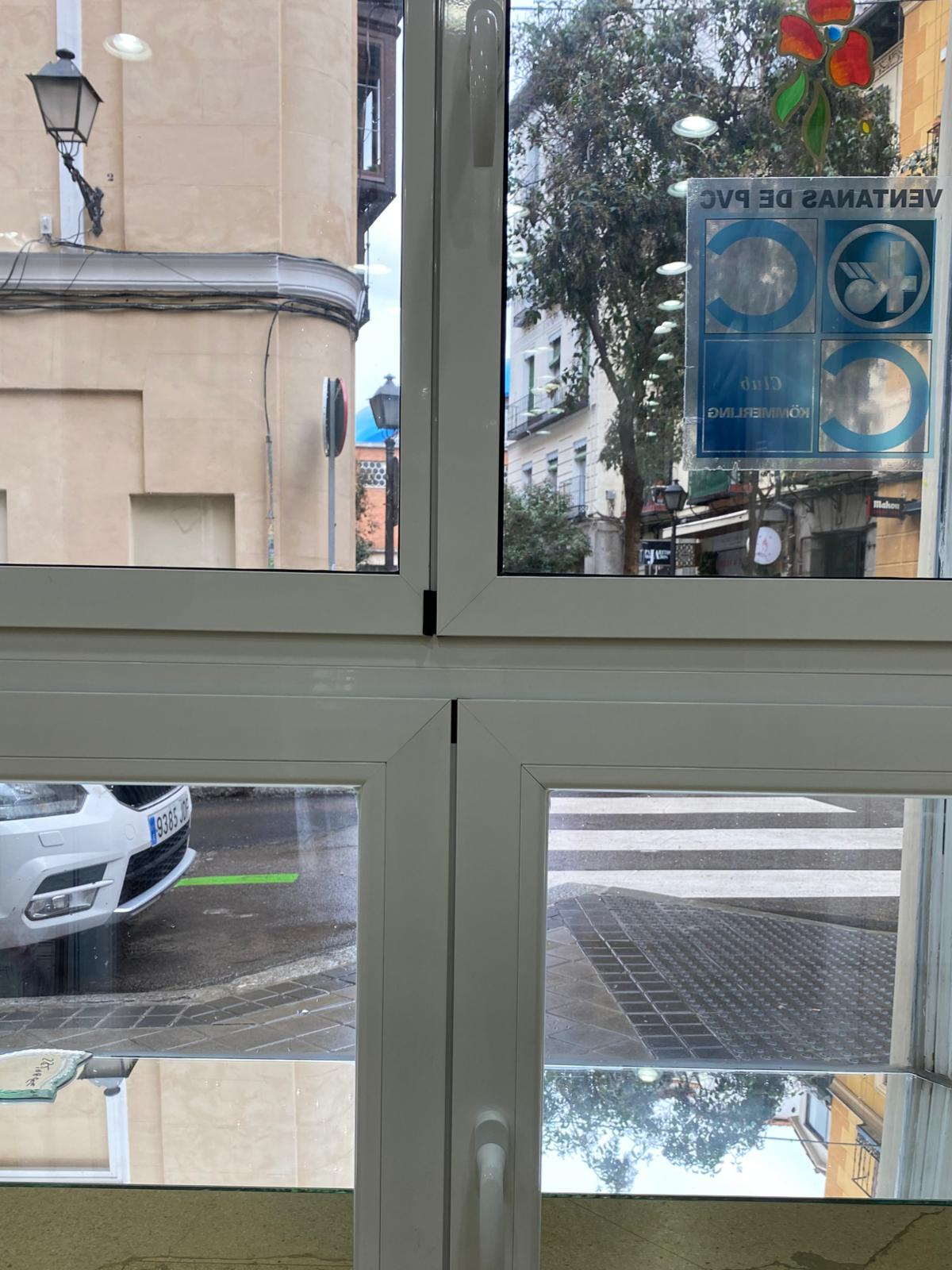 ventanas PVC, ventanas Aluminio rotura puente térmico, ventanas Aluminio Hoja Oculta. Cristalería Formas.JPG