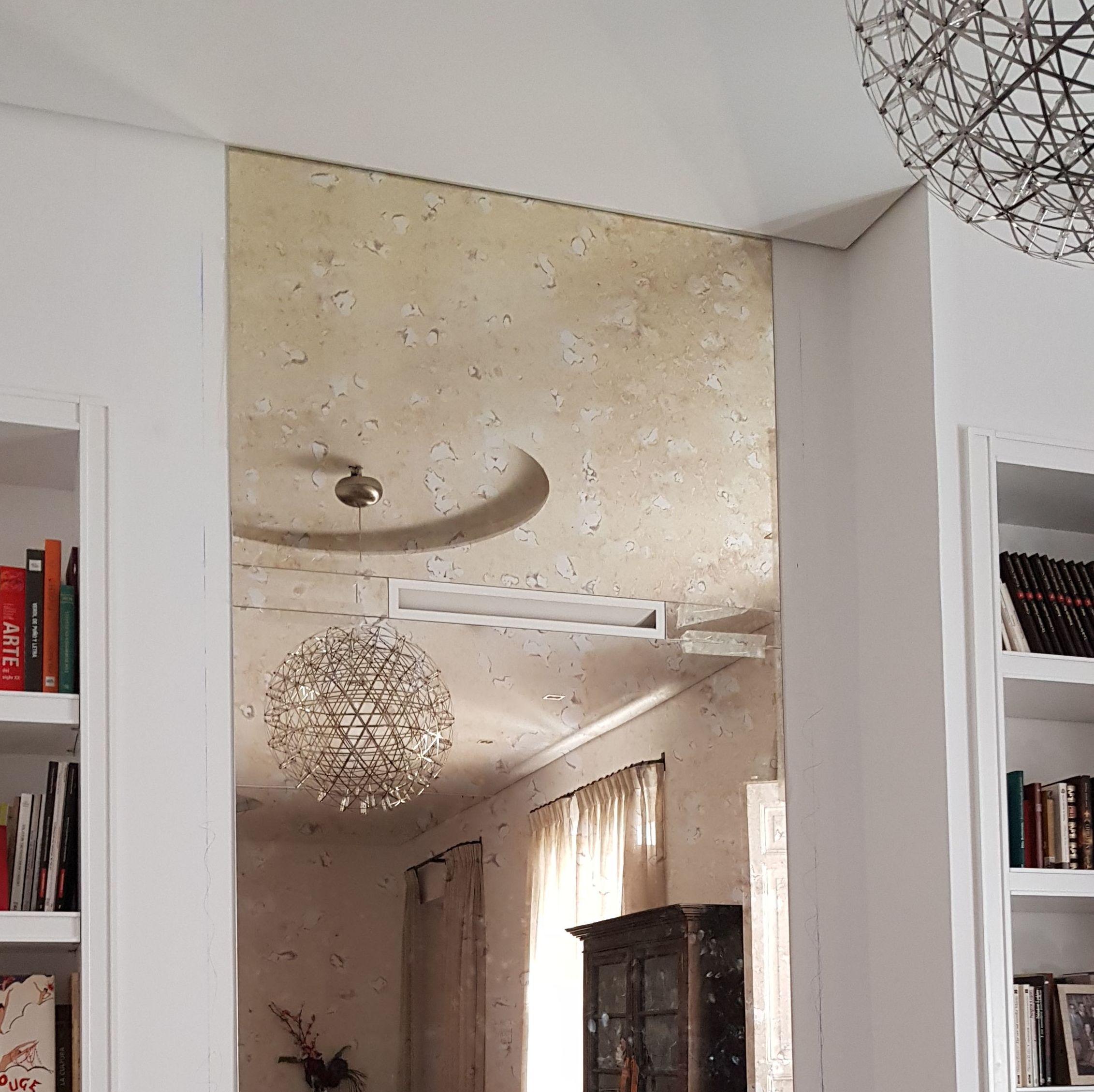 Espejo envejecido decoración para chimenea. Cristalería Fomas