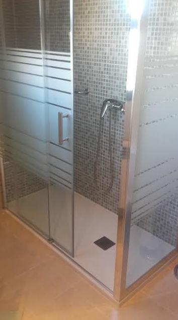 Foto 2 de Muebles de baño y cocina en Móstoles | Resyr, S. L.