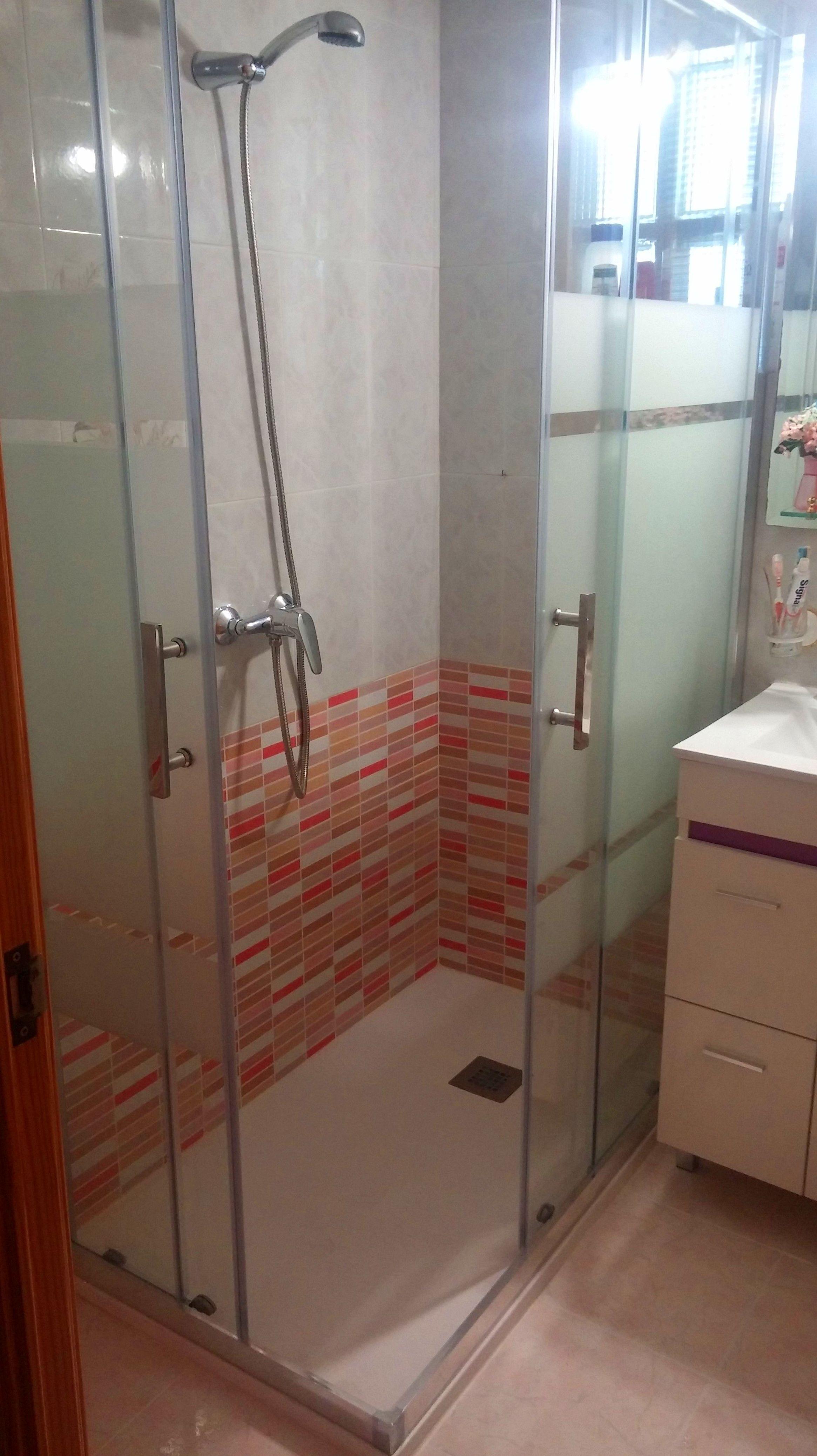 Foto 13 de Muebles de baño y cocina en Móstoles | Resyr, S. L.