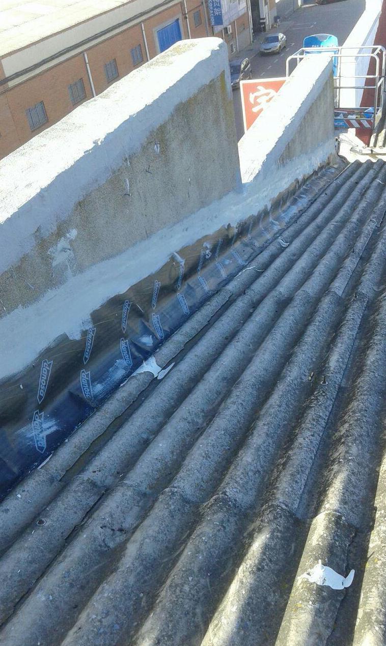 Impermeabilizaciones de cubiertas: Servicios de reformas de Resyr, S. L.
