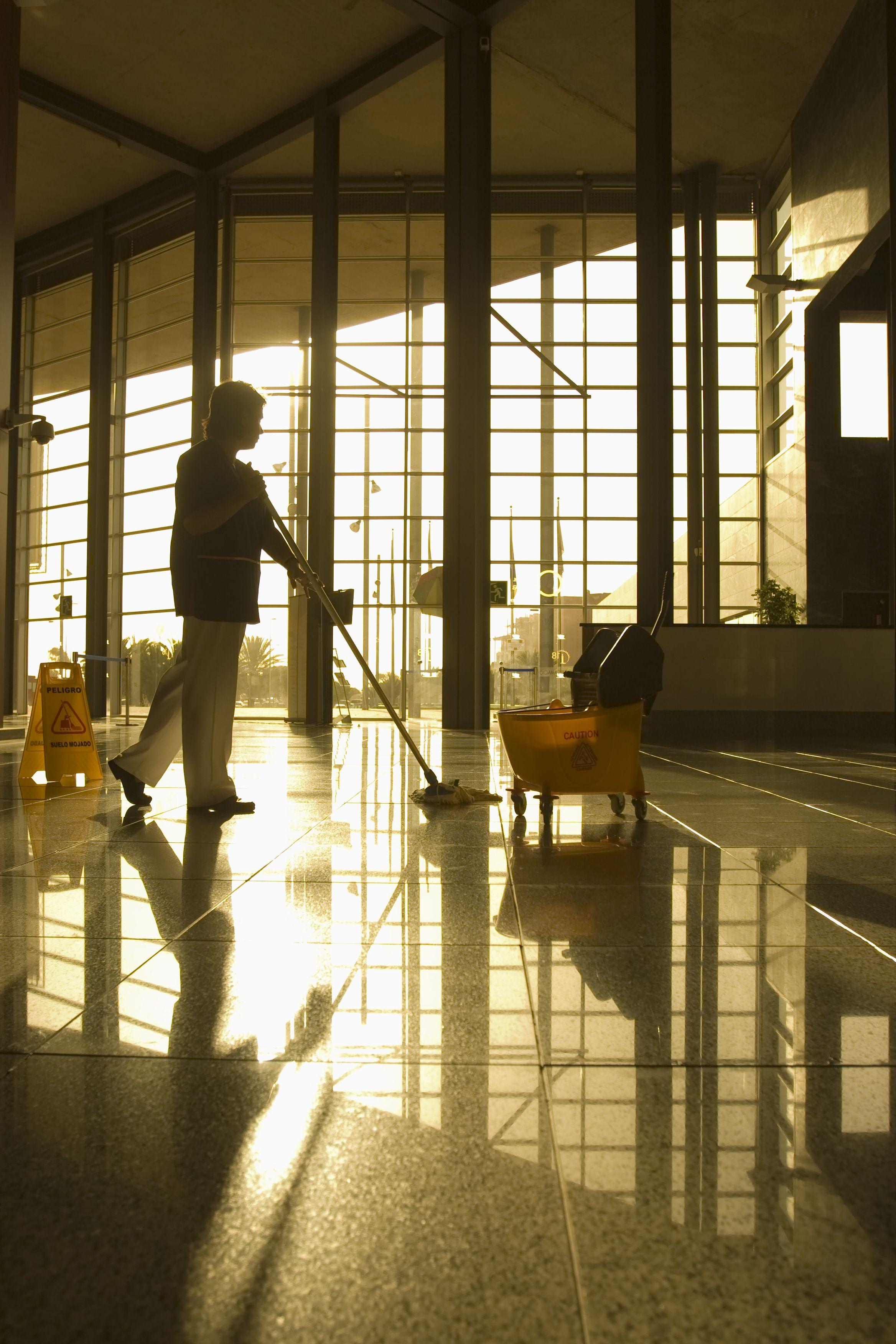 Limpieza y conserjería: Servicios de Reparación Directa
