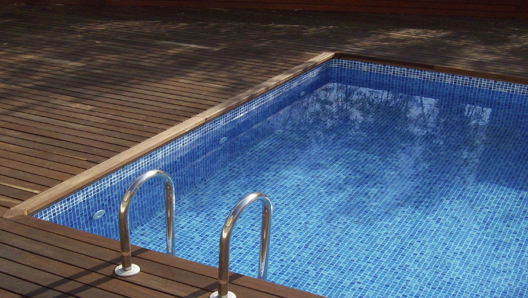 PInturas para suelos de piscina de madera