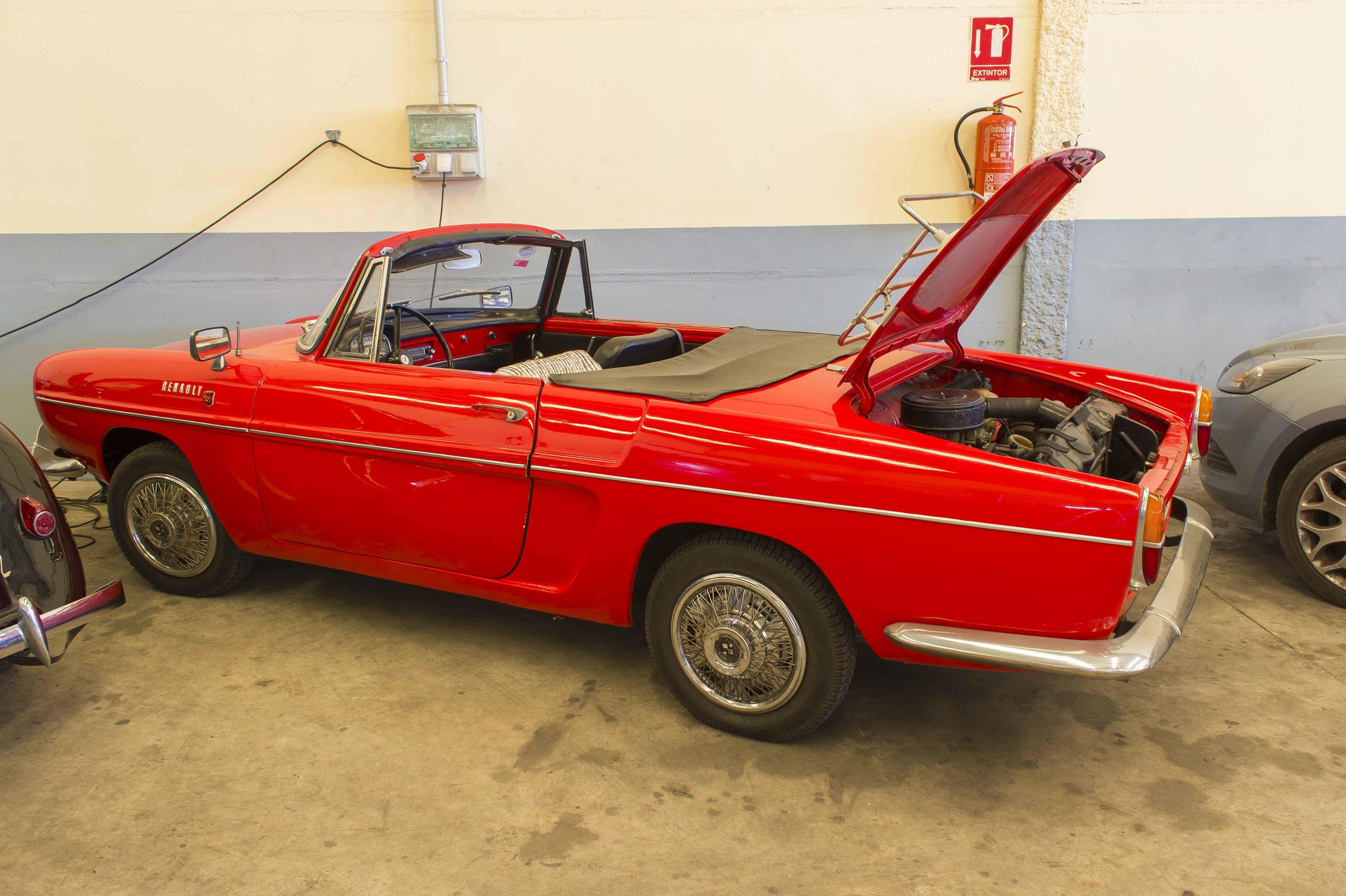 Mecánica, mantenimiento y restauración de coches clásicos en Alzira