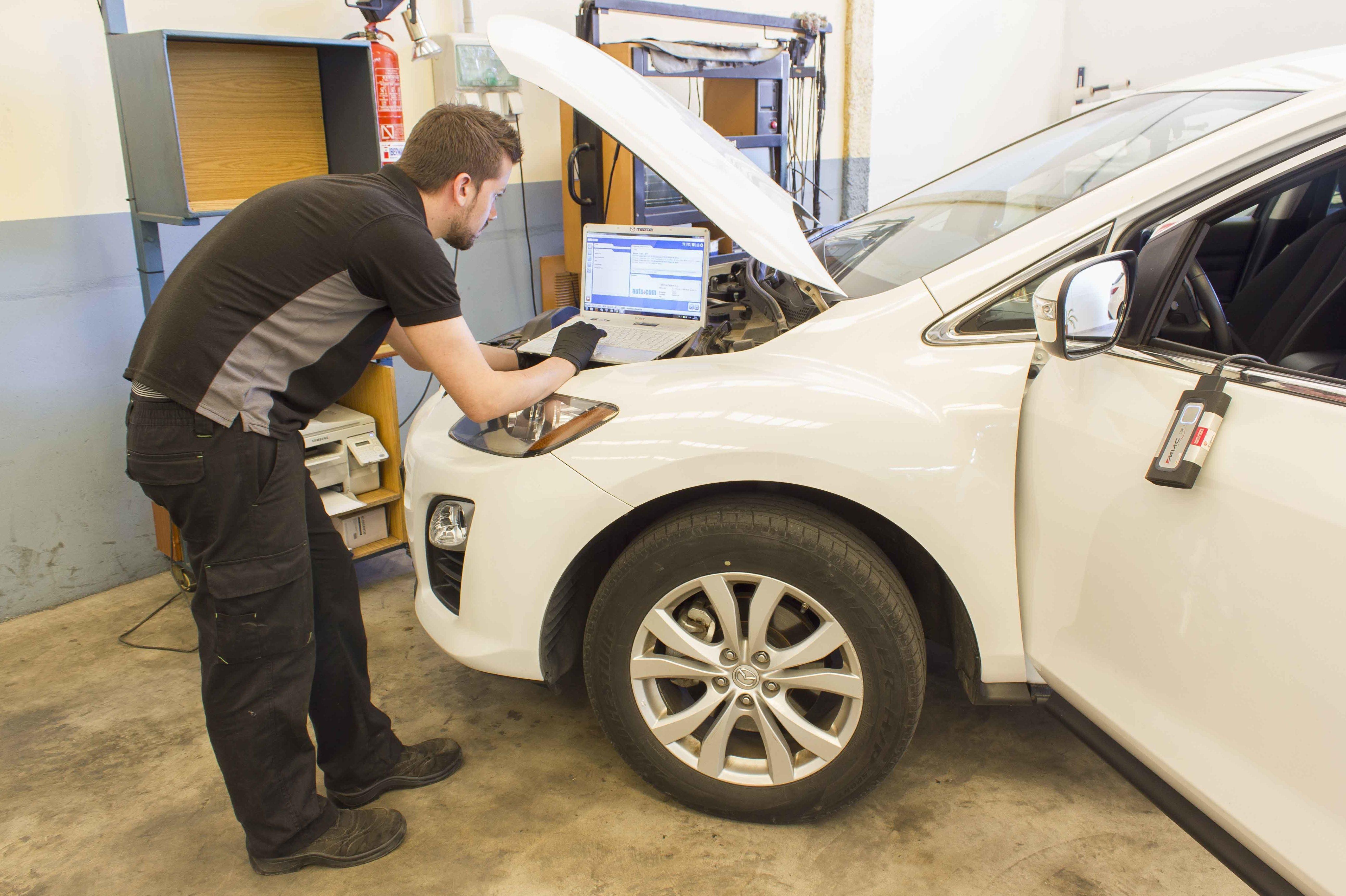 Disponemos de todos los programas de diagnosis de averías de vehículos para una perfecta reparación