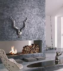 Carenia, Un nuevo tipo de pintura decorativa con terminación metalizada.