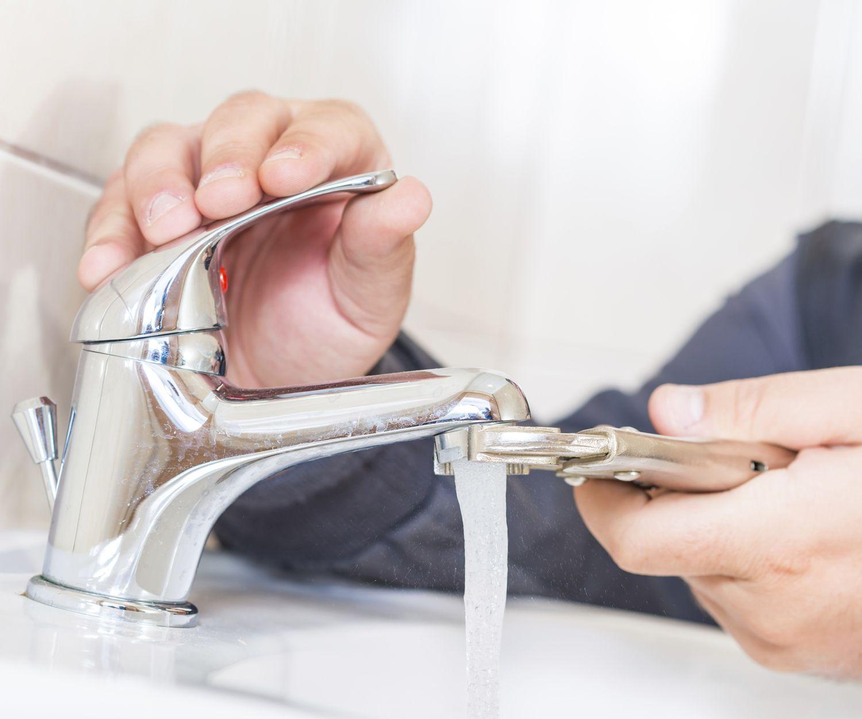 Trabajos de fontanería en Oviedo