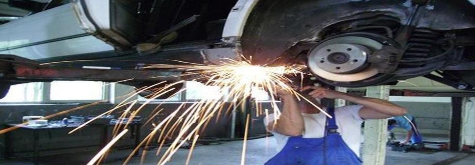 taller mecánico en Artesà de Segre