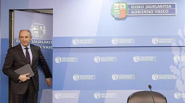 El Gobierno vasco se gasta medio millón de euros en rótulos