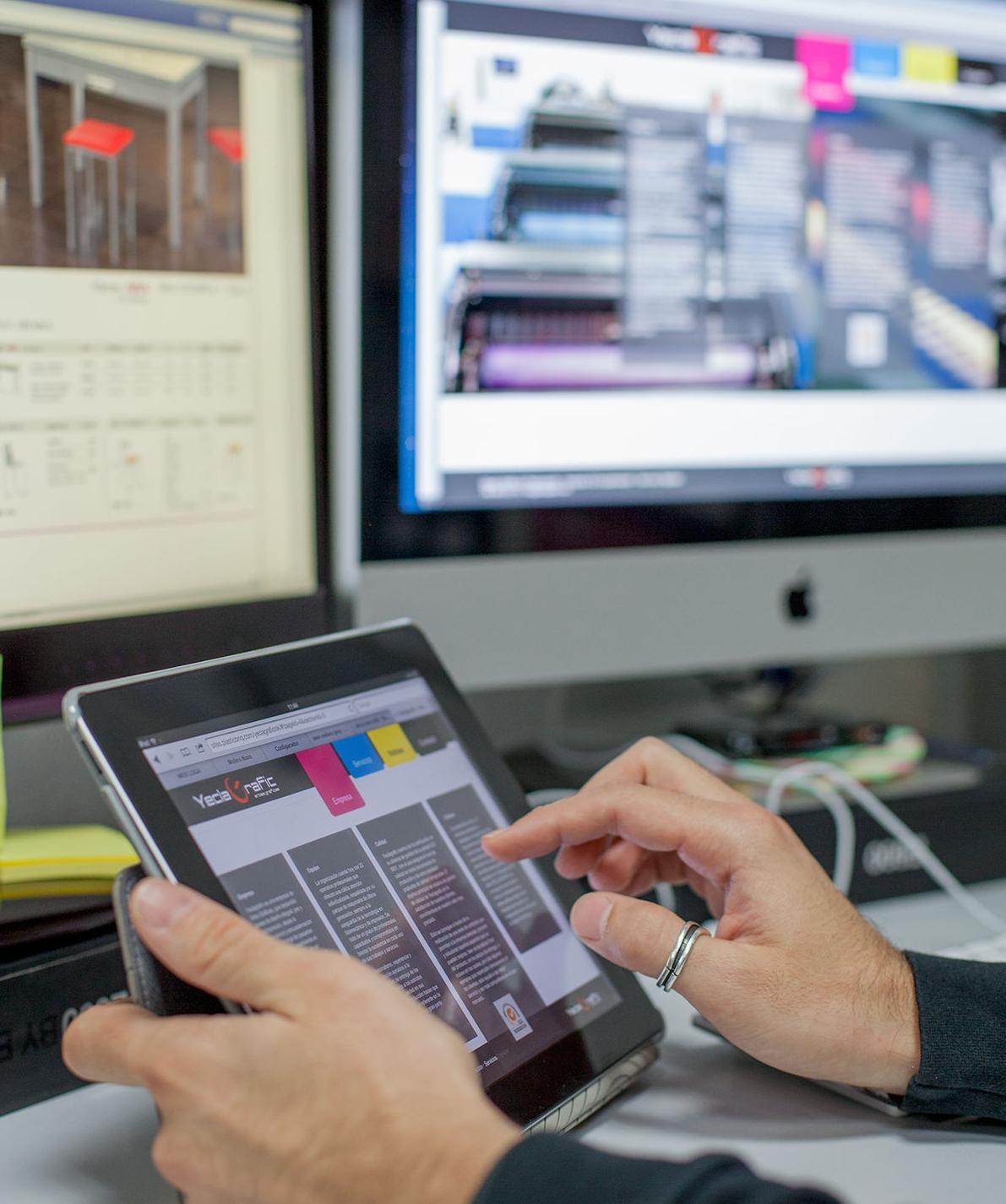 Servicios digitales: Servicios de Yeclagrafic, S.L.