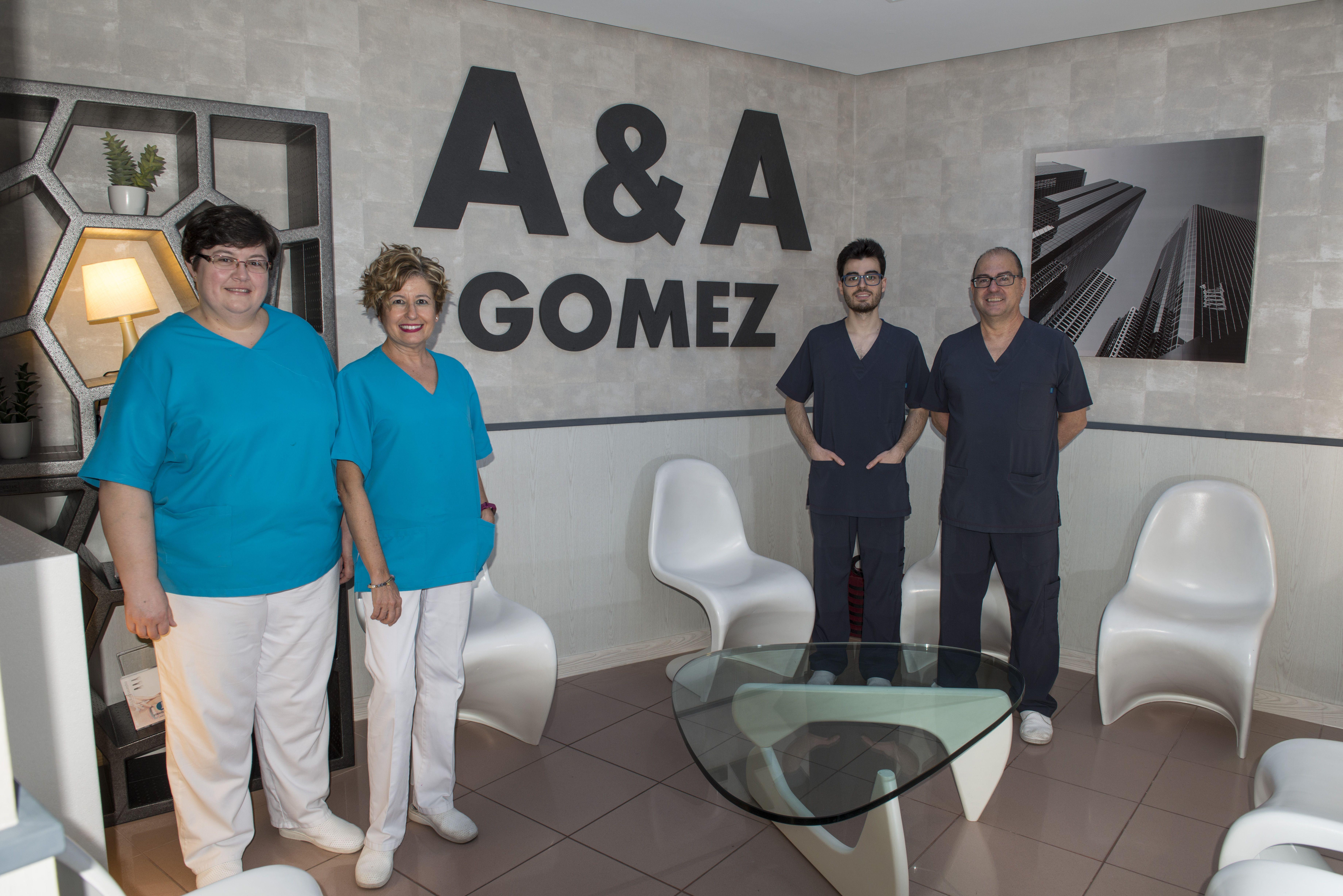 Profesionales de odontología y estética dental en Linares