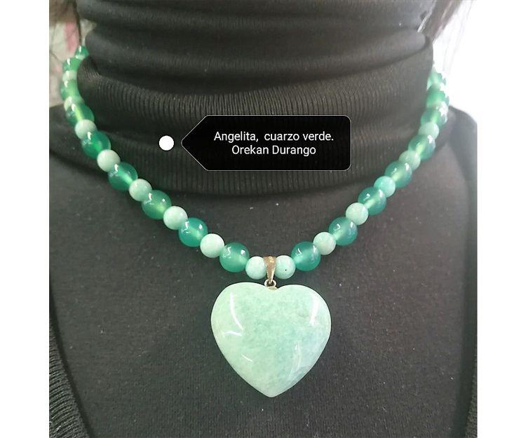 Colgante y collar de angelita y cuarzo verde en Durango