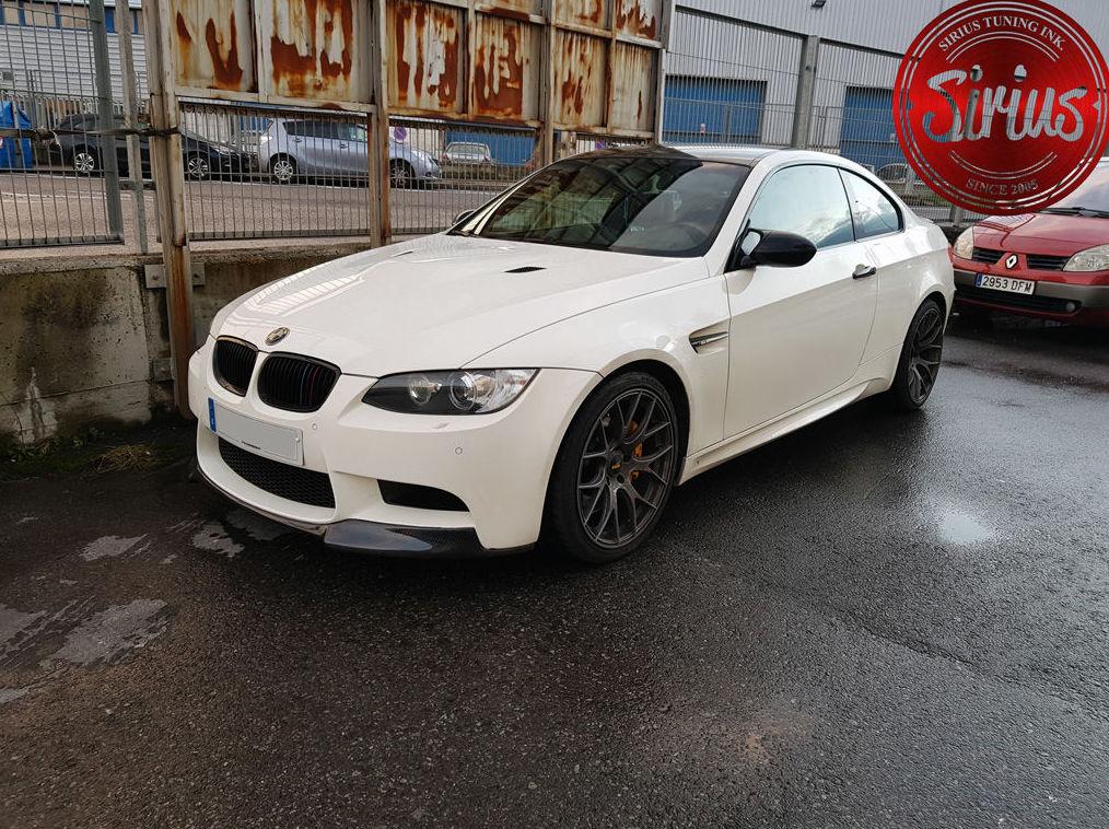 BMW M3 E92 - Carbon Fiber