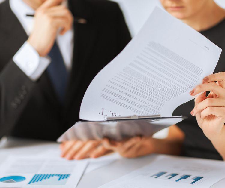 Abogado especializado en derecho bancario en León