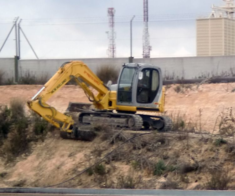 Excavadora minigiratoria en Andalucía