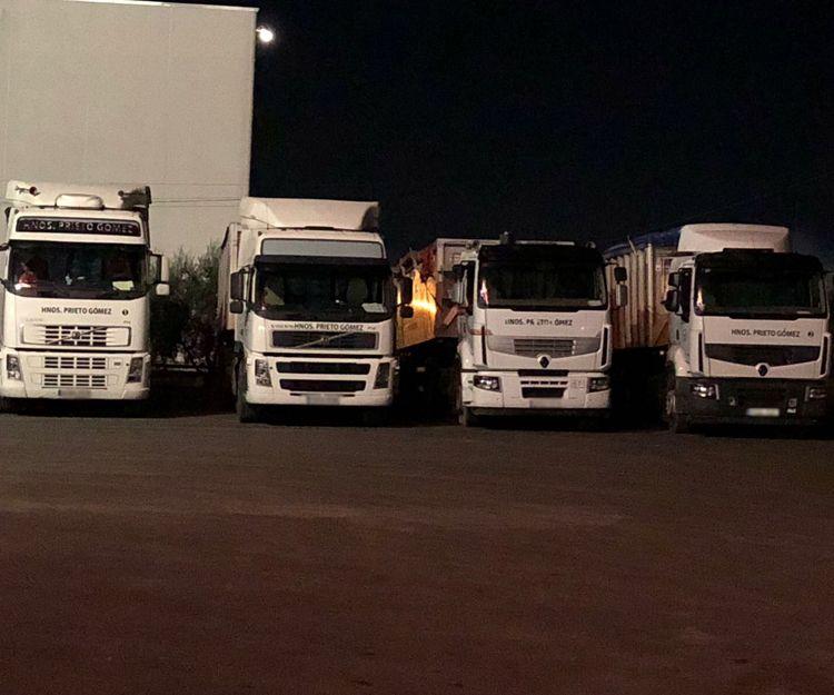 Amplia flotas de camiones