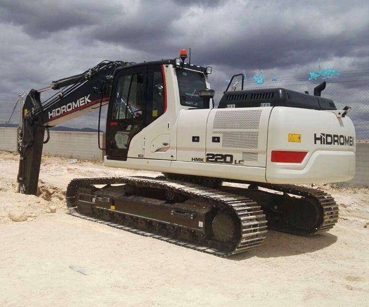 Excavadora giratoria en Andalucía