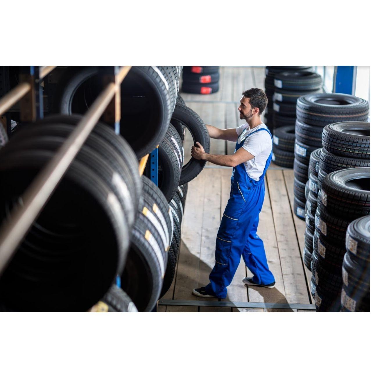 Neumáticos para furgonetas: Productos y servicios de Samar Neumáticos