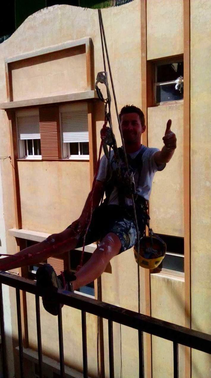 Foto 21 de Trabajos verticales en Santa Cruz de Tenerife | Brillante Trabajos Verticales