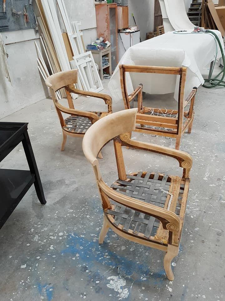 El antes de sillas antiguas
