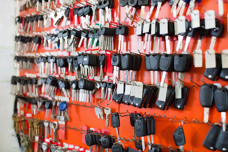 Copia de llaves de coche de todas las marcas