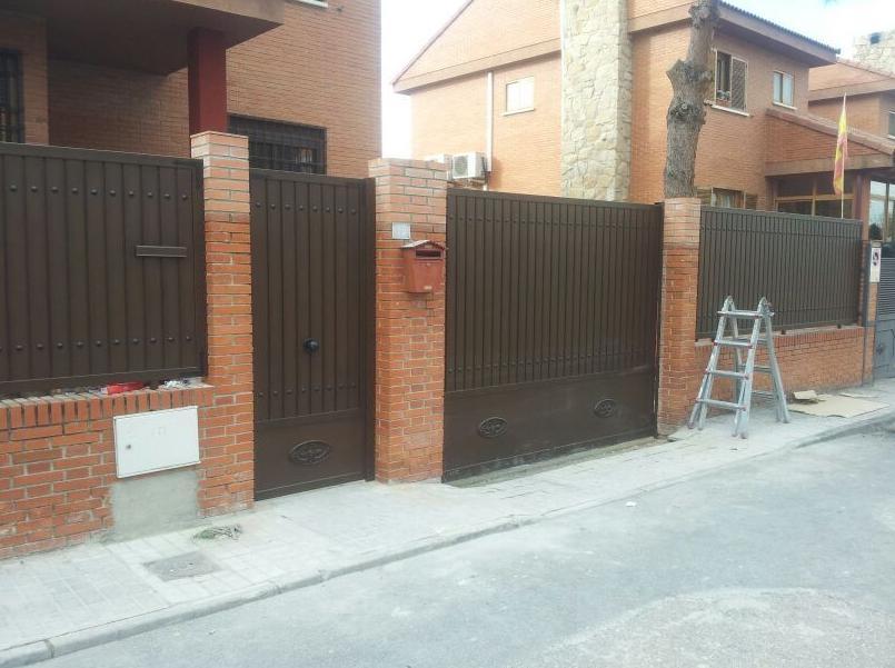 chalet puerta y rejas madrid