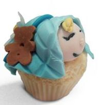 Cupcake de vainilla, queso y arándanos: Productos de MartaPino Postres